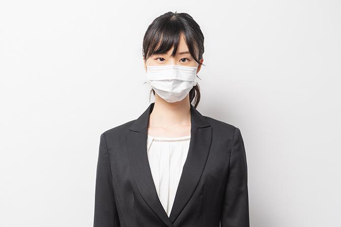 勤務中のマスク着用